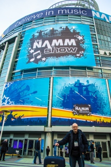 namm2017-day1-performance-at-optima-strings-22